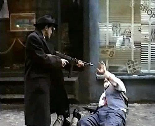 Автомат Томпсона. Томпсон, как оружие гангстеров (16 фото ...: http://greenline.ucoz.ru/news/tompson/2011-11-02-1544